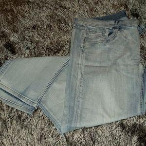 WHBM 14 R noir light wash jeans